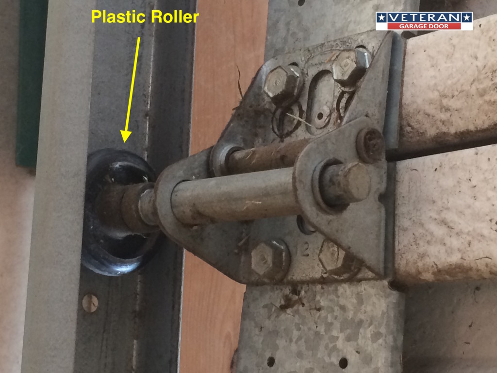 Garage door rollers - Plastic Garage Door Roller