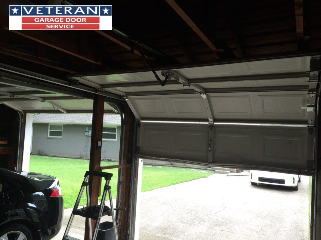 Balance garage door wageuzi for Veteran garage door